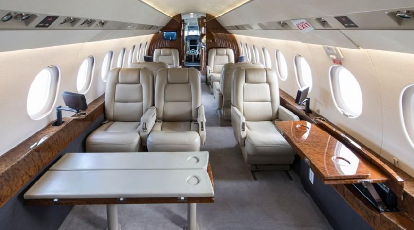 Dassault Falcon cabine