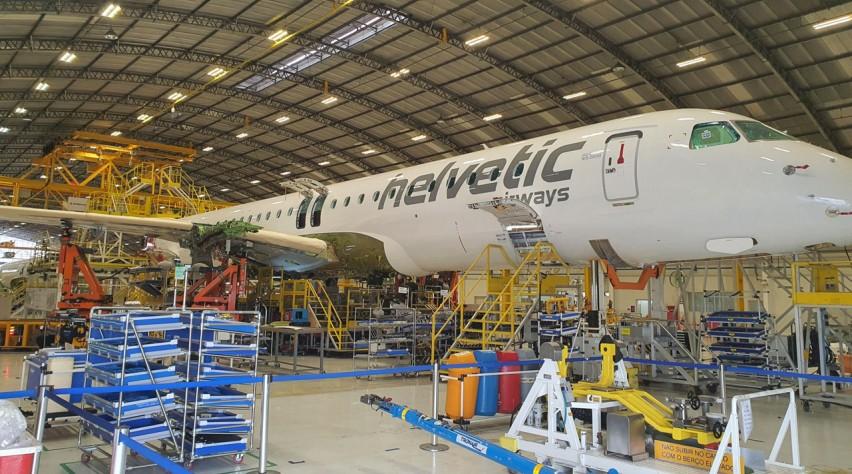 Helvetic Embraer 195-E2