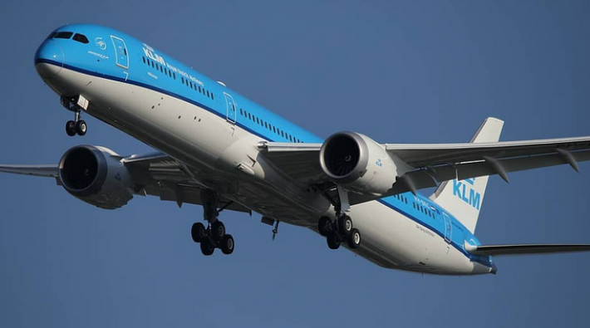 KLM Boeing 787-10 PH-BKC