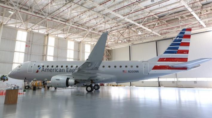 american, embraer, e-jet, e175, compass airlines