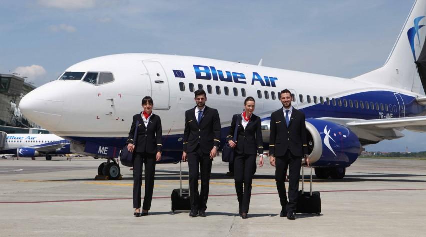 Blue Air 737