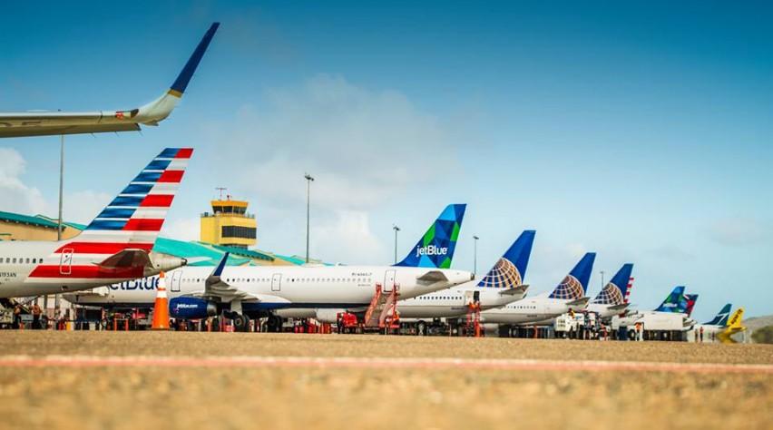 Aruba Airport tails