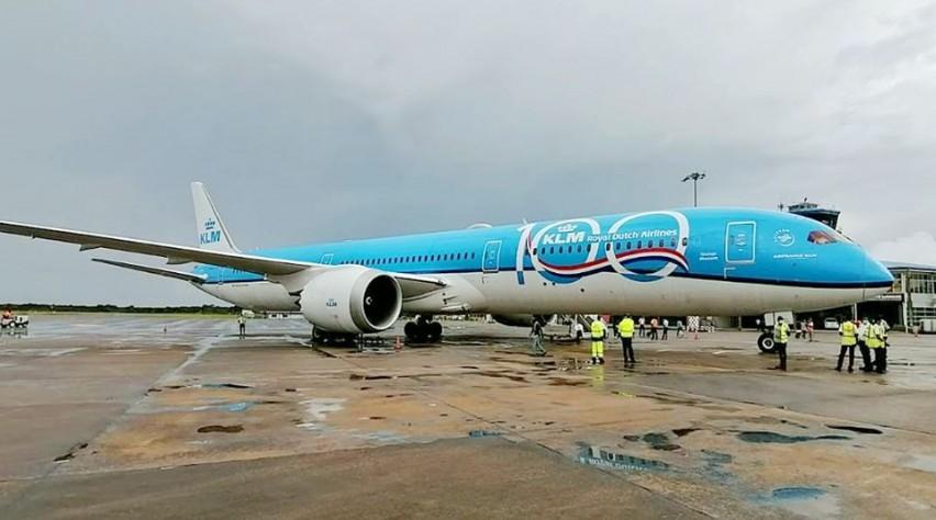 KLM 787-10 Paramaribo