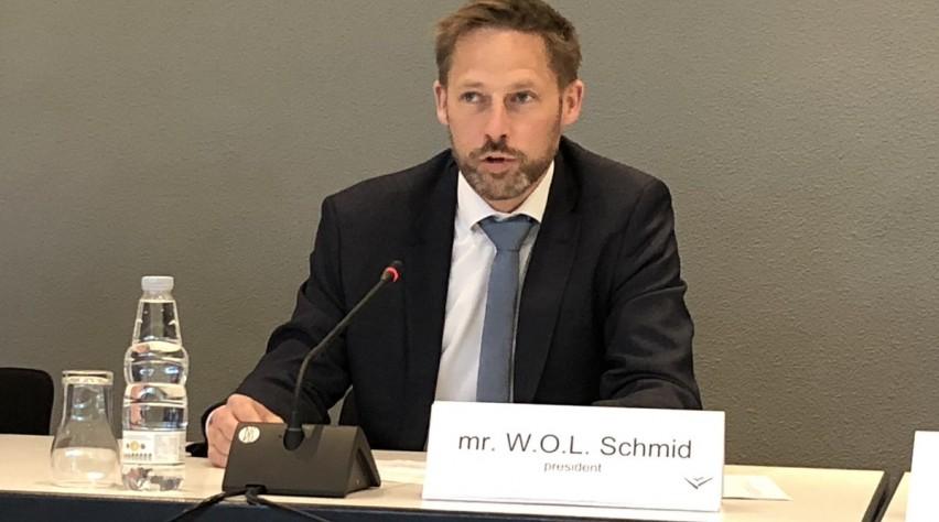 Schmid voorzitter VNV