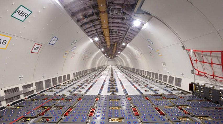 Airbus A330-200F cabine