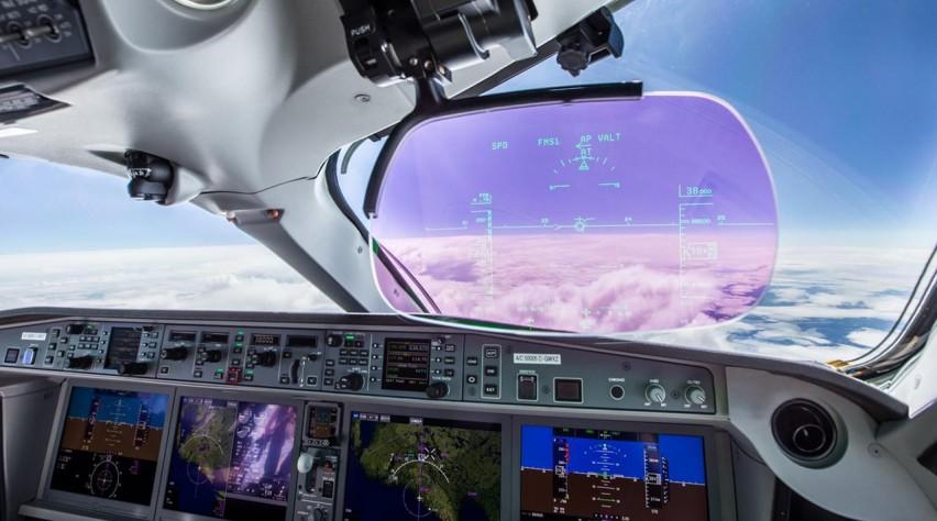 Airbus A220 cockpit