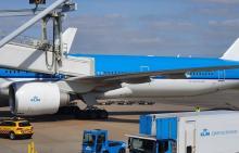 Schiphol KLM 777 Aviobrug Incident