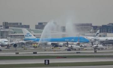 Chicago zwaait KLM 747 uit