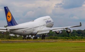 Lufthansa 747 Twente